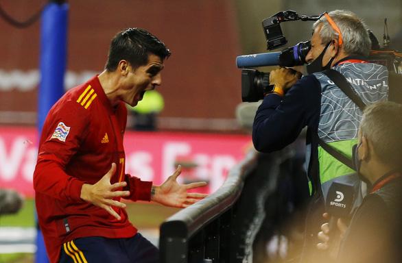 Hủy diệt Đức 6-0, Tây Ban Nha vào bán kết Nations League - Ảnh 1.