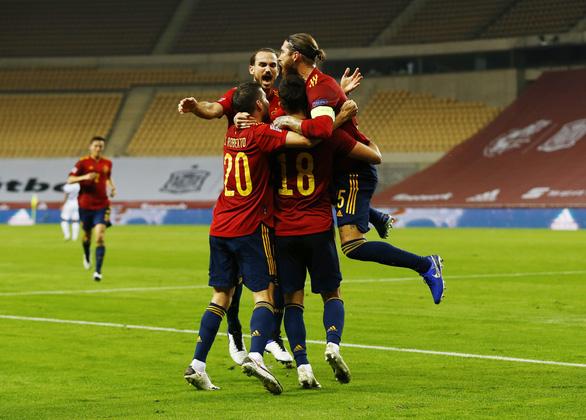 Hủy diệt Đức 6-0, Tây Ban Nha vào bán kết Nations League - Ảnh 3.
