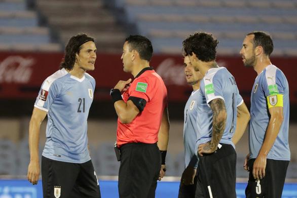 Suarez vắng mặt, Cavani thẻ đỏ, Uruguay thua Brazil 0-2 - Ảnh 3.
