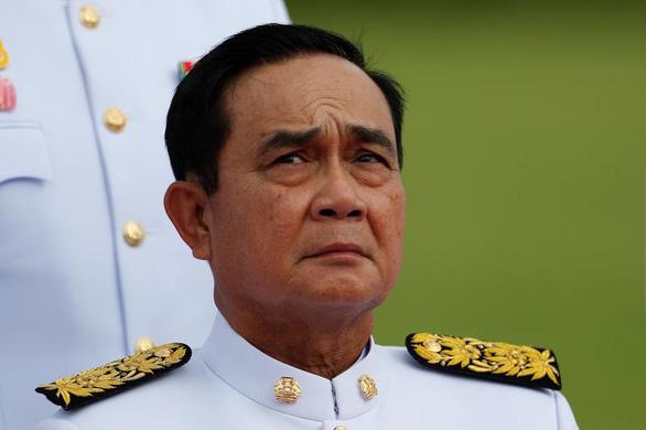 Thủ tướng Thái Lan đe dùng tất cả luật chống người biểu tình - Ảnh 1.