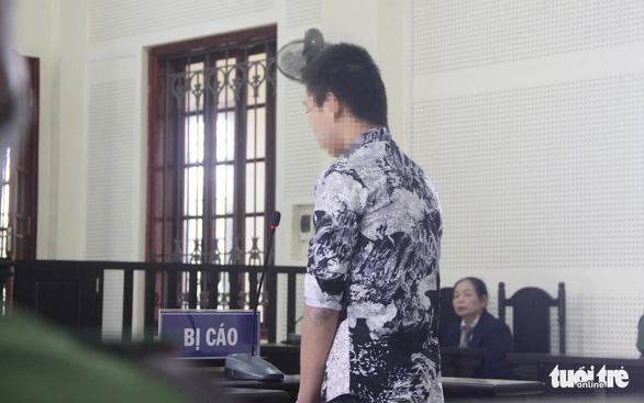 15 năm tù cho nam sinh khiến bé trai 5 tuổi chết ngạt trong rừng - Ảnh 1.