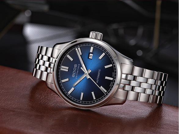 Đồng hồ, kính mắt giảm giá sốc lên đến 30% dịp Black Friday - Ảnh 2.
