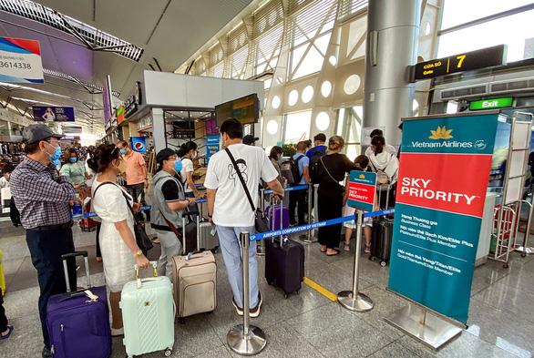 Vì sao phải giải cứu Vietnam Airlines? - Ảnh 4.