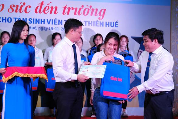 Cuộc gặp đầy nước mắt của hai mẹ con tân sinh viên nghèo xứ Huế - Ảnh 5.