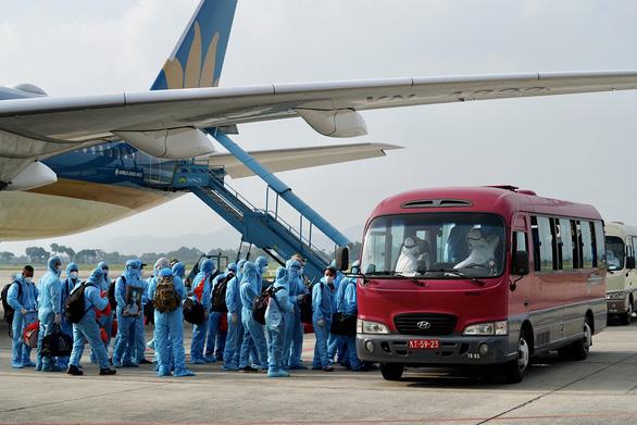 Đề xuất kéo dài hỗ trợ chung cho các hãng hàng không - Ảnh 1.