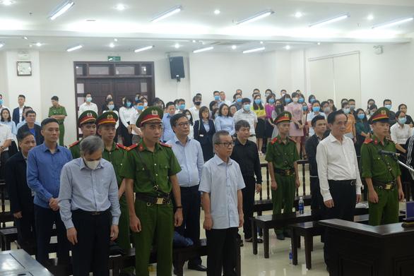 Cựu phó tổng giám đốc BIDV Trần Lục Lang lãnh 8 năm tù - Ảnh 3.