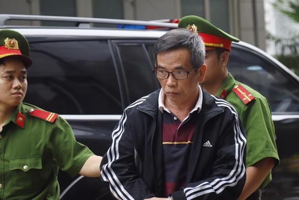 Cựu phó tổng giám đốc BIDV Trần Lục Lang lãnh 8 năm tù - Ảnh 2.
