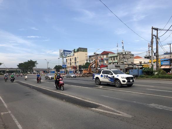 Đã tháo dỡ trạm thu phí Bình Triệu, xóa điểm thắt giao thông cửa ngõ TP.HCM - Ảnh 1.