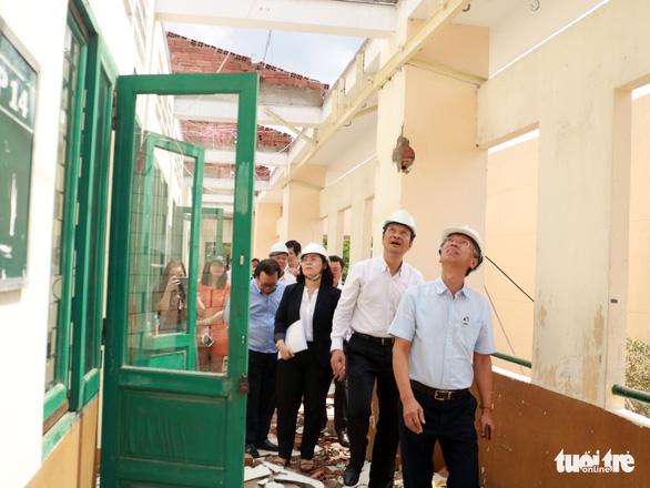 Học sinh Trường THPT Bình Phú quận 6 sẽ học tạm nơi khác tới hết năm học - Ảnh 2.