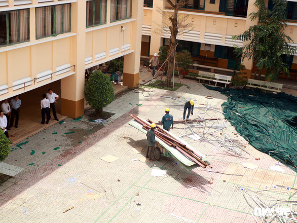 Học sinh Trường THPT Bình Phú quận 6 sẽ học tạm nơi khác tới hết năm học - Ảnh 5.