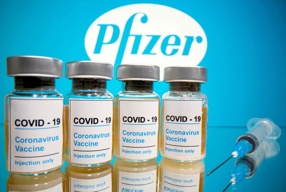 Pfizer hứa có giấy phép thì vài giờ sau là cung ứng vắc xin COVID-19 - Ảnh 1.