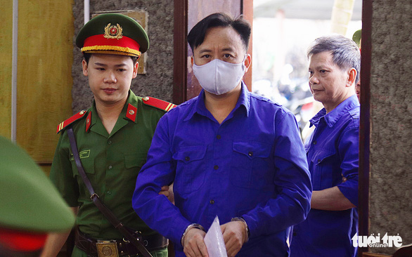 Tuyên y án 4 người kháng cáo trong vụ gian lận điểm thi ở Sơn La - Ảnh 2.