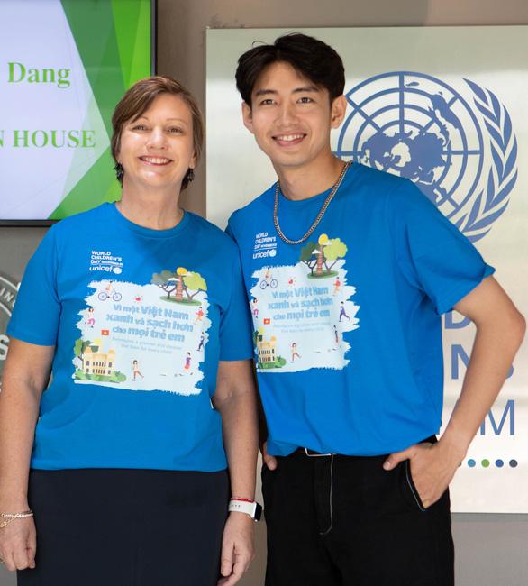 Video Quang Đăng với vũ điệu vì một Việt Nam xanh sạch hơn - Ảnh 3.