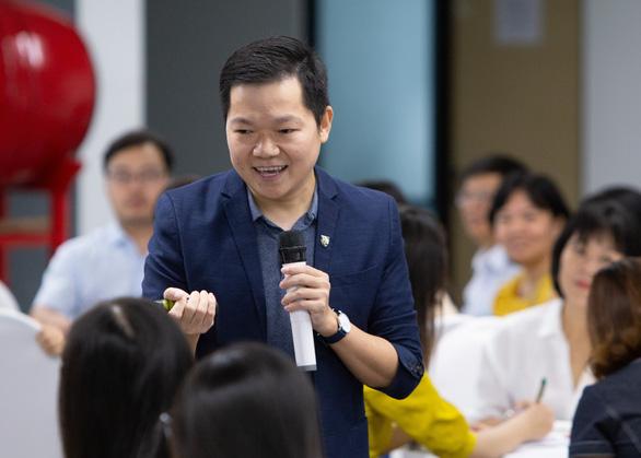 Chọn về Việt Nam, tôi chọn con đường giáo dục thực chất và bền vững - Ảnh 1.