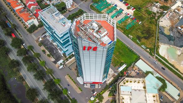 Khởi tố nguyên phó chánh Văn phòng Thành ủy TP.HCM và chủ tịch HĐTV IPC Tân Thuận - Ảnh 2.