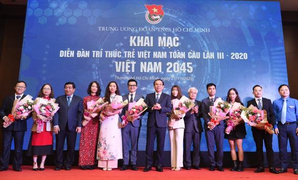 206 trí thức trẻ hội tụ với khát vọng 'Việt Nam 2045' - Ảnh 4.