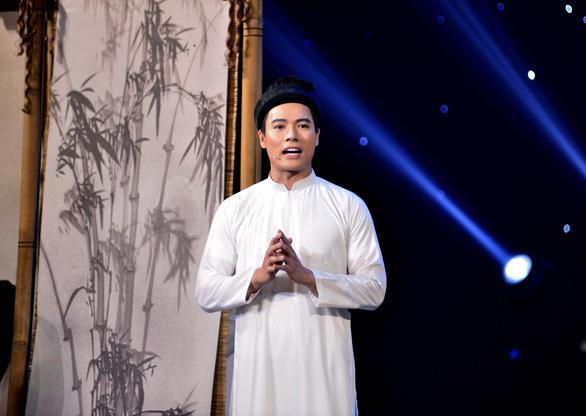 Tôn vinh người thầy, Võ Tấn Phát giành giải Én vàng nghệ sĩ 2020 - Ảnh 4.