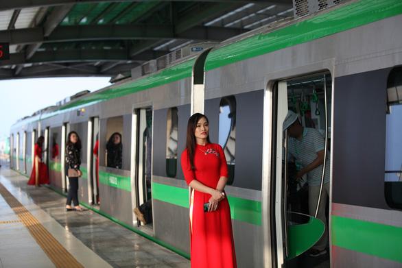Đường sắt Cát Linh - Hà Đông: Bộ trưởng Nguyễn Văn Thể hứa thông xe an toàn trước năm 2021 - Ảnh 1.