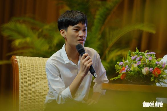 Tiếp sức 150 tân sinh viên nghèo Quảng Nam - Đà Nẵng đến trường - Ảnh 4.