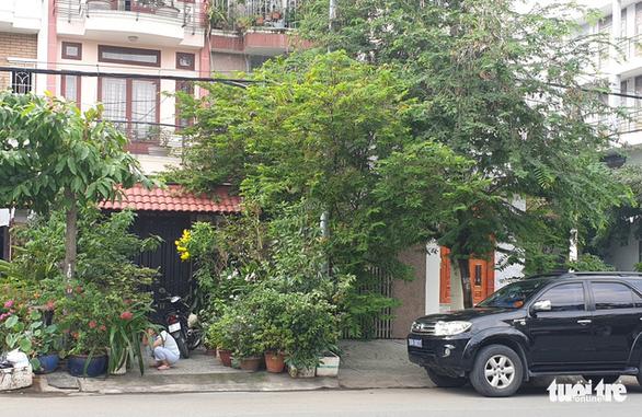 Khởi tố nguyên phó chánh Văn phòng Thành ủy TP.HCM và chủ tịch HĐTV IPC Tân Thuận - Ảnh 3.