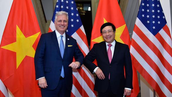 Phó thủ tướng Phạm Bình Minh tiếp Cố vấn an ninh quốc gia Mỹ O'Brien - Ảnh 1.