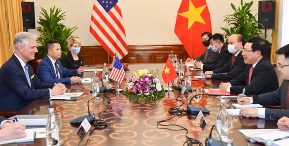 Phó thủ tướng Phạm Bình Minh tiếp Cố vấn an ninh quốc gia Mỹ O'Brien - Ảnh 3.