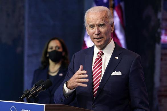 Ông Biden 'bổ nhiệm' 3 cựu nhân viên của vợ làm nhân viên cấp cao tại Nhà Trắng - Ảnh 1.