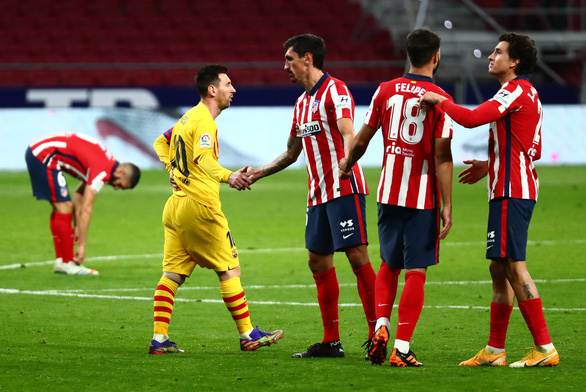 Messi tắt tiếng khiến Barca bại trận và rớt xuống vị trí thứ 10 - Ảnh 2.