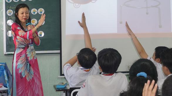 Yêu nghề dạy học - Kỳ cuối: Thay đổi để được những nụ cười - Ảnh 1.