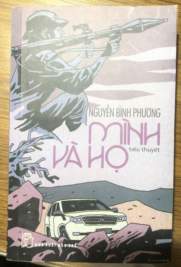 'Mình và họ' của Nguyễn Bình Phương được trao giải nhất, ông Hữu Thỉnh từ chối giải thưởng - Ảnh 2.
