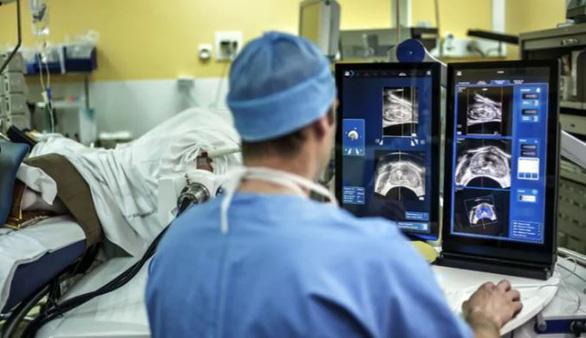 Các nhà khoa học tuyên bố tìm ra cách mới chữa khỏi ung thư và không tác dụng phụ - Ảnh 1.
