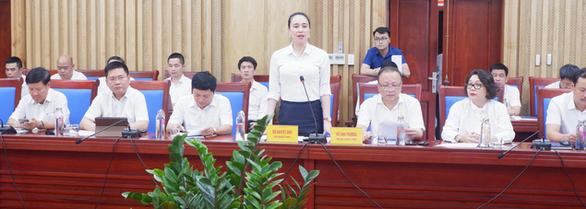 EVNNPC cam kết phát triển hạ tầng lưới điện tỉnh Nghệ An - Ảnh 1.