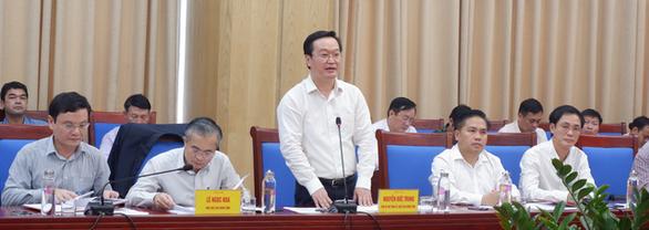 EVNNPC cam kết phát triển hạ tầng lưới điện tỉnh Nghệ An - Ảnh 2.