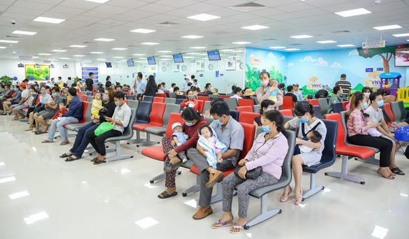 Khai trương Trung tâm tiêm chủng VNVC Long Khánh - Ảnh 2.