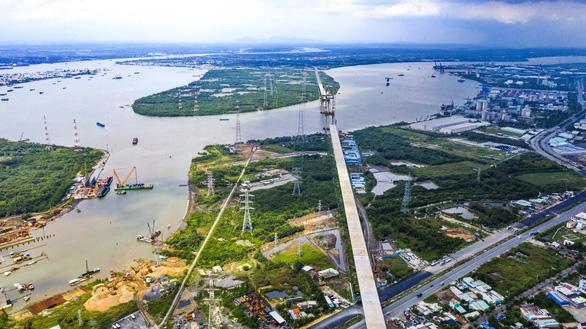 Kết nối hạ tầng vùng Đông Nam Bộ: Tiền đâu, đất đâu và ý chí đâu? - Ảnh 1.