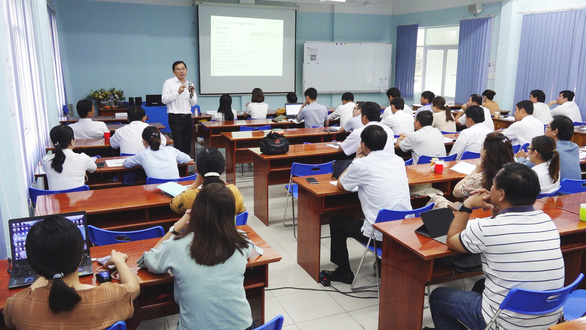 Tổng Công ty Điện lực miền Nam tổ chức đào tạo nghiệp vụ về công tác truyền thông - Ảnh 2.
