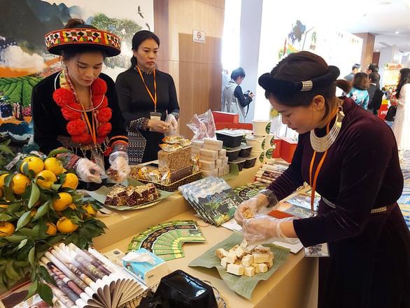 Phát triển du lịch bền vững với văn hóa cộng đồng và di sản - Ảnh 2.