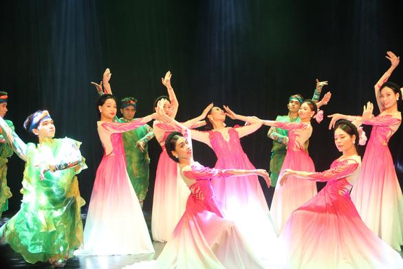 Khai mạc Liên hoan nghệ thuật múa TP.HCM mở rộng lần VI - 2020 - Ảnh 1.