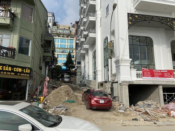 Thủ tướng yêu cầu Vĩnh Phúc báo cáo về xây dựng sai phép ở Tam Đảo - Ảnh 1.