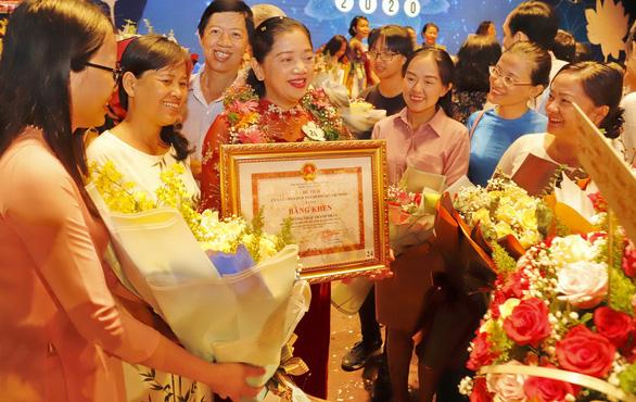 Anh đạp xích lô vào đại học năm 40 tuổi nhận giải thưởng Võ Trường Toản - Ảnh 6.