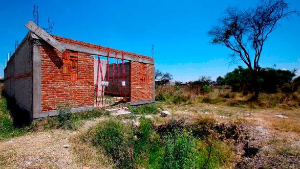 Phát hiện hố chôn tập thể cả trăm xác không nguyên vẹn ở Mexico - Ảnh 1.
