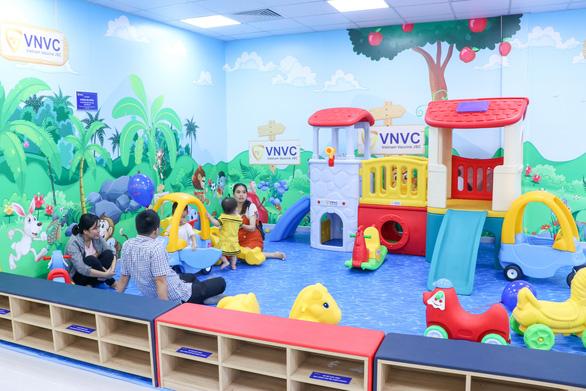 Khai trương Trung tâm Tiêm chủng VNVC Quy Nhơn - Ảnh 5.