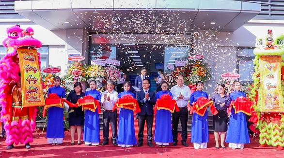 Khai trương Trung tâm Tiêm chủng VNVC Quy Nhơn - Ảnh 1.