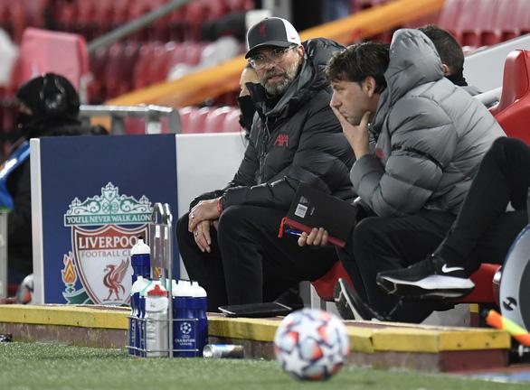 Không có nổi một cú sút trúng đích, Liverpool thua trắng Atalanta - Ảnh 1.
