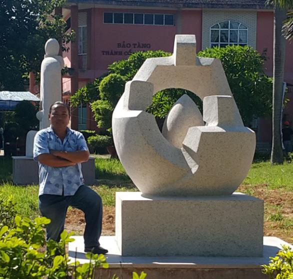 'Đạo' tượng ở Tuy Hòa: Thêm 1 điêu khắc gia lên tiếng - Ảnh 1.