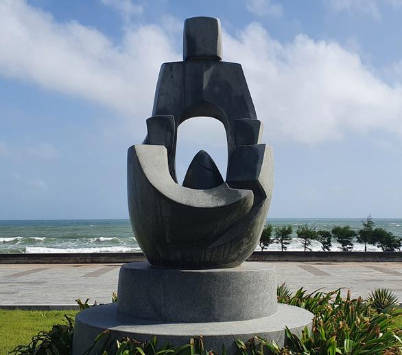 'Đạo' tượng ở Tuy Hòa: Thêm 1 điêu khắc gia lên tiếng - Ảnh 2.