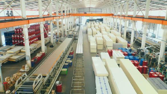 Thăm nhà máy sản xuất 'vật liệu xanh' - Ảnh 3.