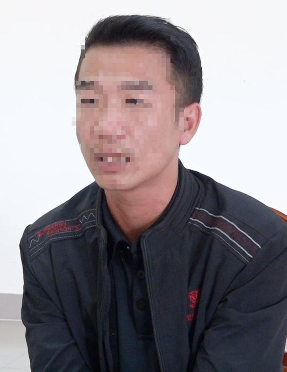 Khởi tố tài xế chiếm đoạt 1.700 hộp cá hộp cứu trợ vùng lũ Quảng Bình - Ảnh 1.