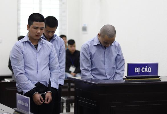 Tuyên tử hình 3 người Trung Quốc giết tài xế, cướp taxi - Ảnh 1.