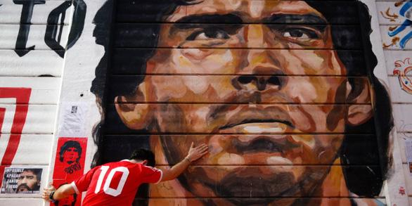 Maradona - thiên sứ của bóng đá đã rời xa - Ảnh 1.